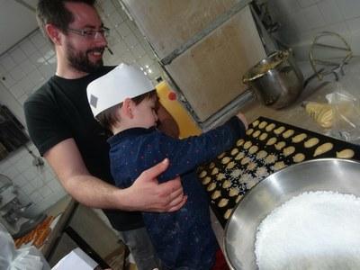 17 chouquettes Boulangerie